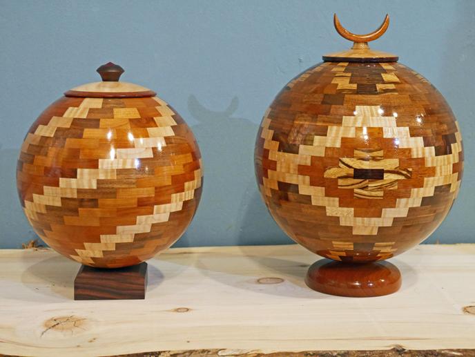 Lidded Segmented Spheres