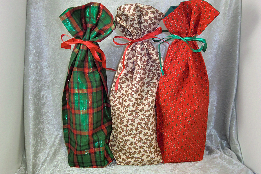 Christmas Collection #3: Fabric Wine Bottle Gift Bags - Ted\'s Woodshop