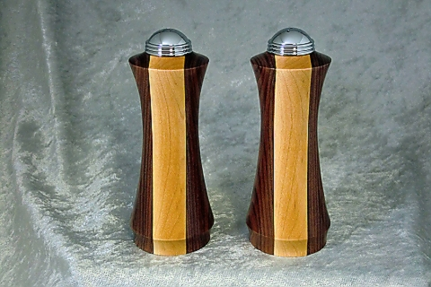 Maple and Bolivian Rosewood Shaker Set